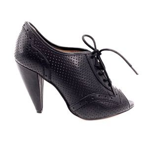 Anthropologie Shoes - Anthropologie Oxford Heels Black Leather Like New!